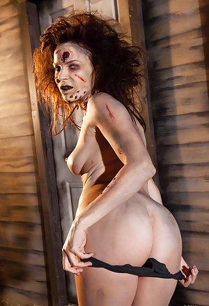 Nude Ass Pics