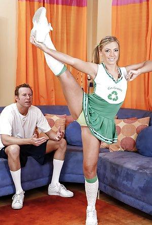 Nude Cheerleaders Pics