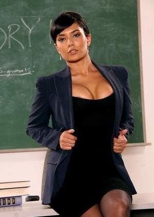 Nude Teacher Pics